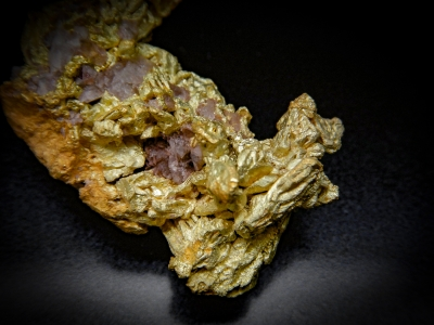 Gold from Lokel Mine, Pershing, County, Nevada, USA [db_pics/update4/ML00154c.jpg]
